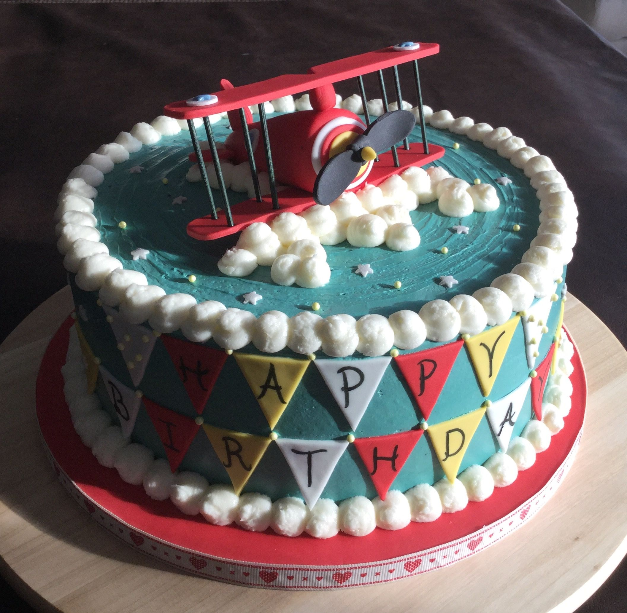Prime Vintage Airplane Cake With Images Airplane Birthday Cakes Funny Birthday Cards Online Fluifree Goldxyz