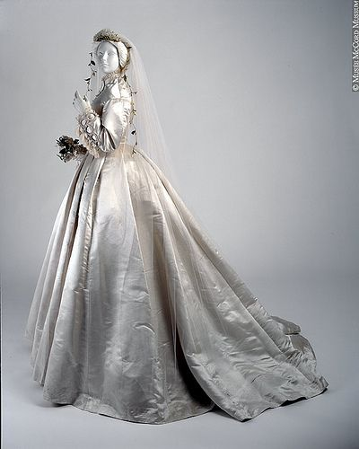 Victorian Wedding Dress A Victorian Wedding Dress Circa 1866 From Mccord Museum Historical Wedding Dresses Wedding Dresses Vintage Victorian Wedding Dress