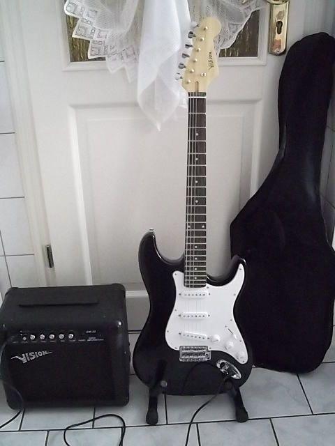 C GIANT E-Gitarre mit Verstärker Modell GW25,Overdrive,100%VOLLFUNKFÄHIG,wie NEU