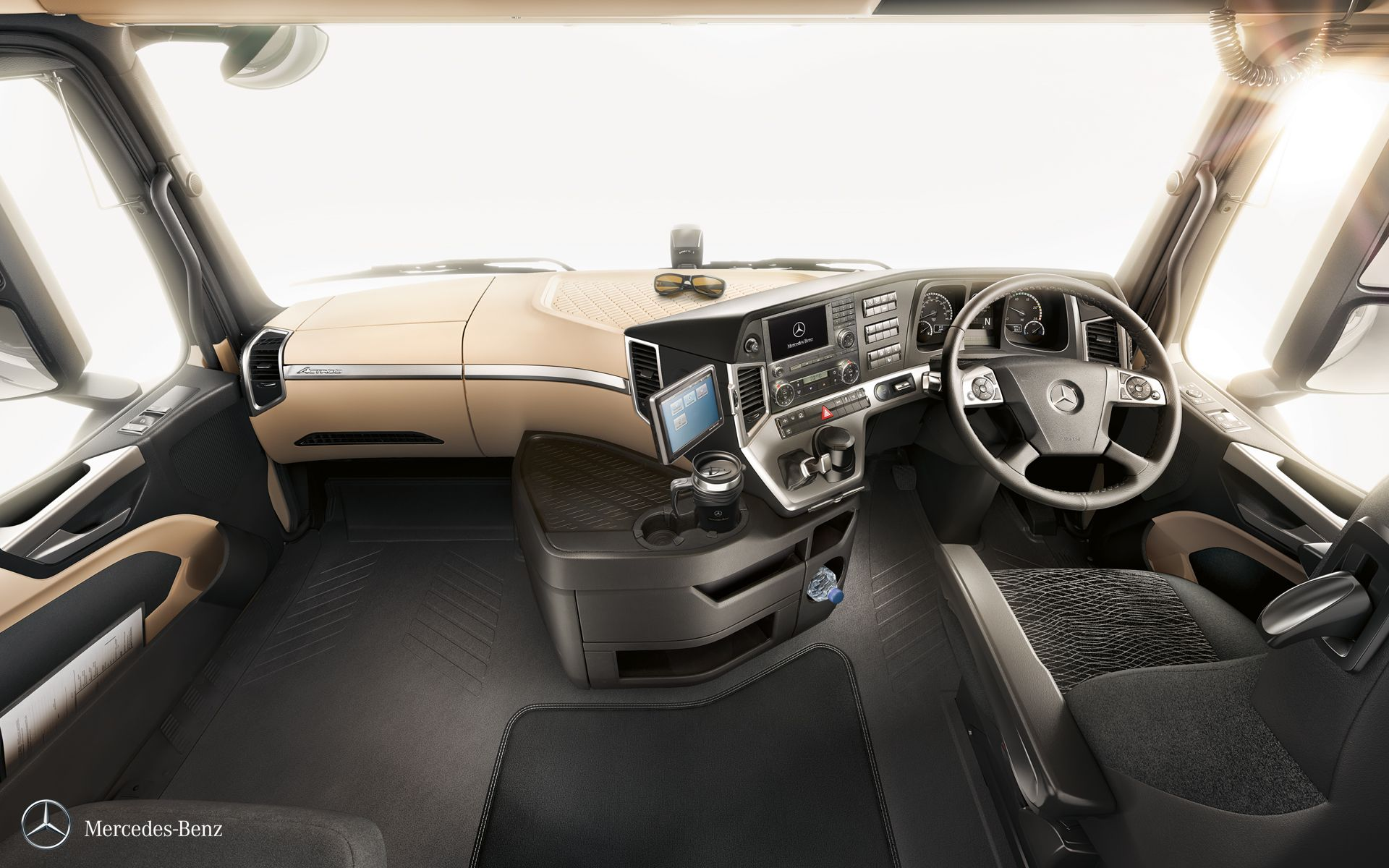 The Luxurious And Spacious Inside Of The New Actros Truck Actros
