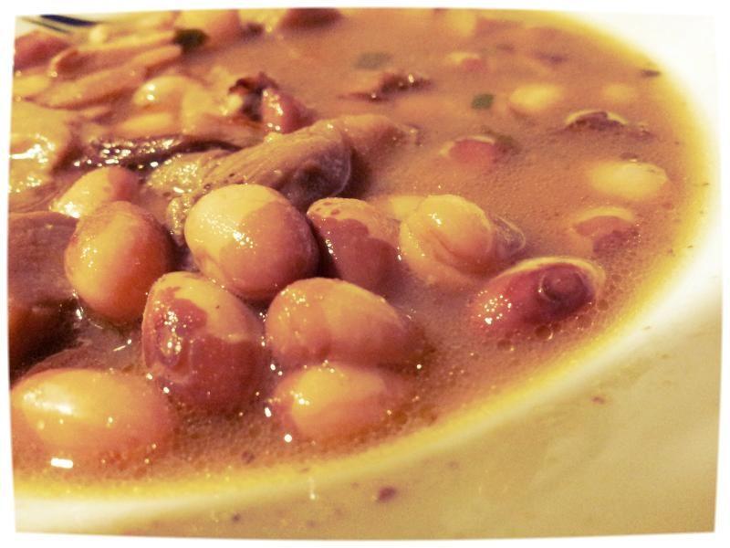 Asturian fabada bean stew #food