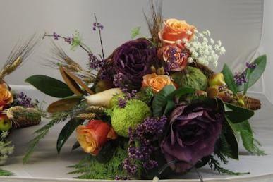 Seasonal And Local Flower Arrangements Delivery In Eugene Oregon Flower Arrangements Cemetery Flowers Order Flowers