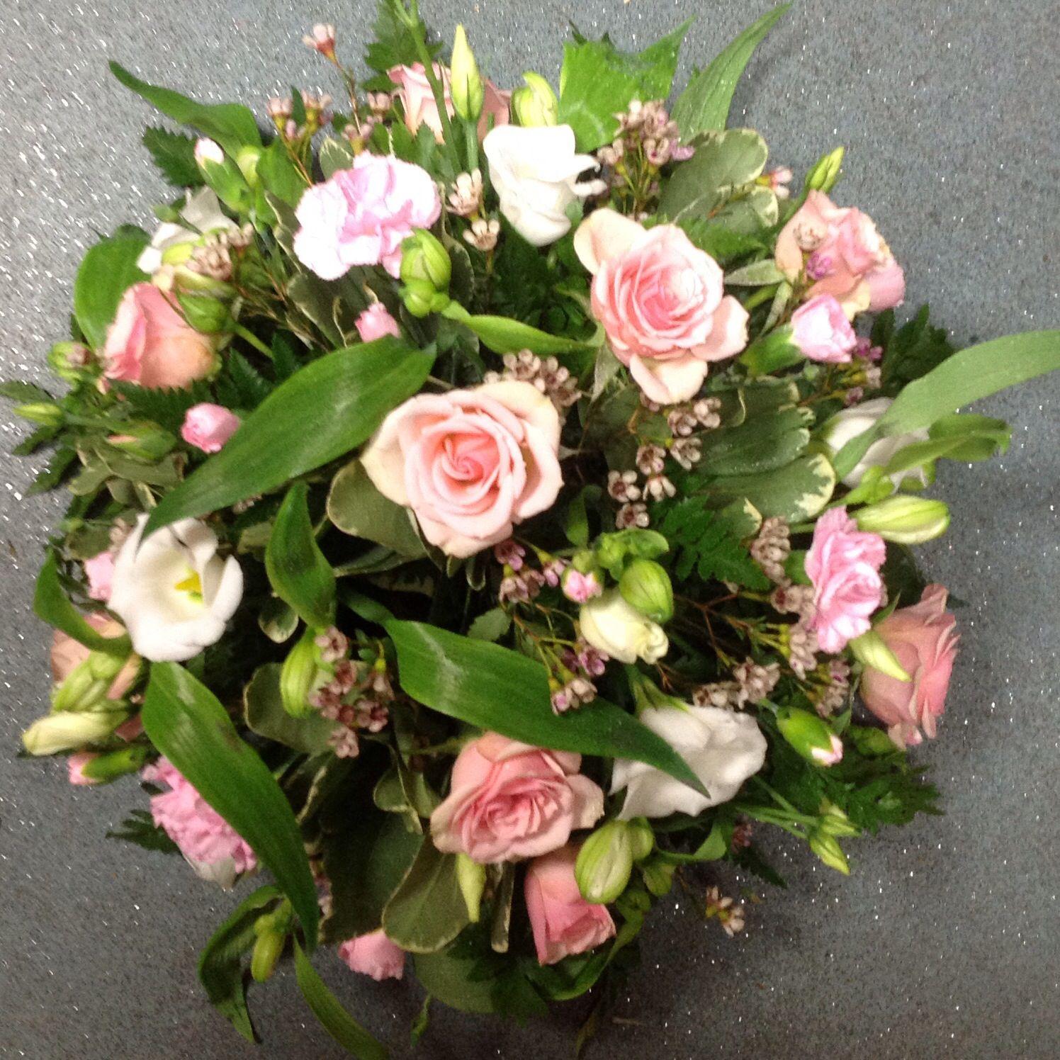 Made By Meades Florist Meadesflorist Sympathy Flower