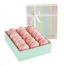 Strawberry Macaron Collection, 15 piece