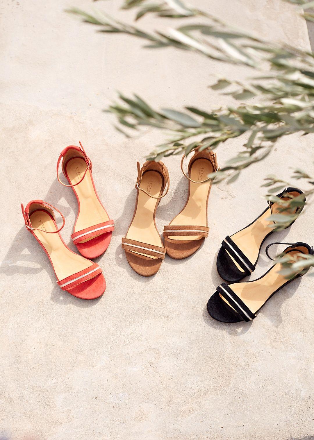 540ff40474c399 Clarks · Sezane Sandales, Collection Printemps, Chaussure, Bienvenue,  Spring, Chaussettes, Sandales,
