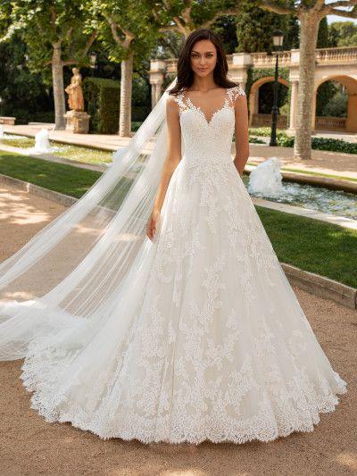 Suknia ślubna o kroju w kształcie litery A, z dekoltem w łódkę i z krótkim rękawem   Pronovias
