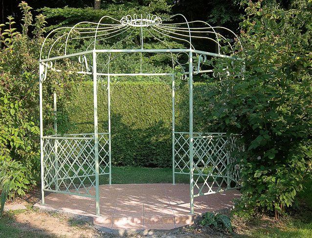 Construire une tonnelle en fer forgé | Amenagement jardin ...