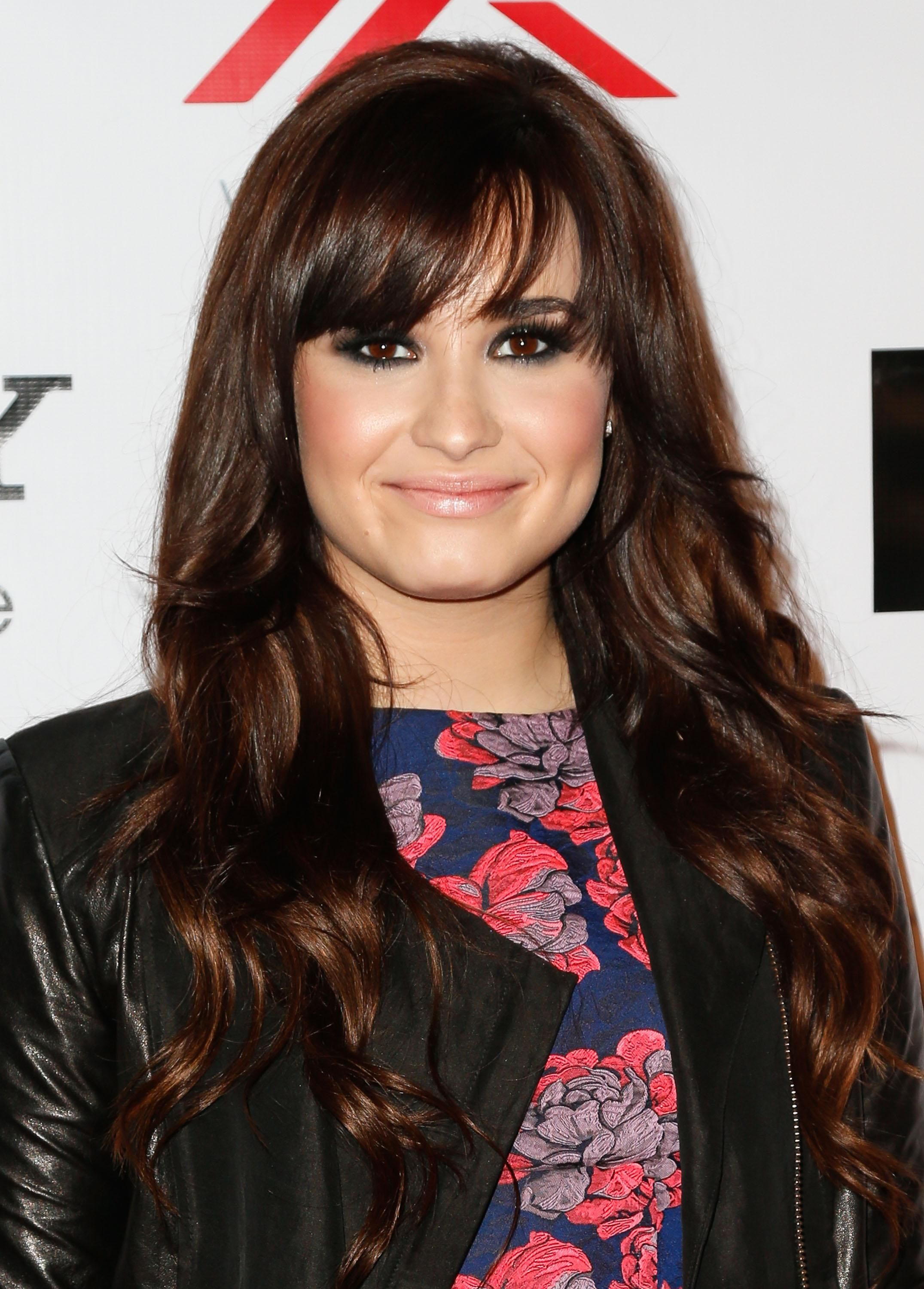 how to get demi lovato haircut