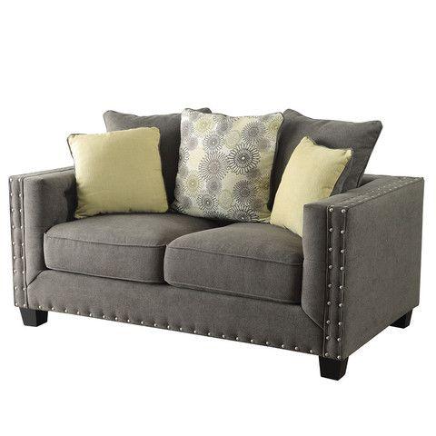 Kelvington Sofa – Jennifer Furniture