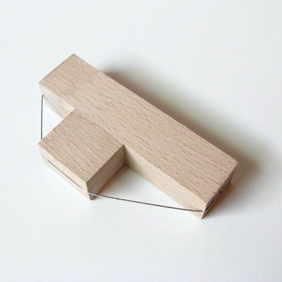 Un couteau de bois biseaut pour les angles de coupe sur les bords de l argile dalles taille 45 - Comment couper un angle a 45 degres ...