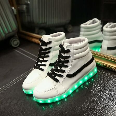 Chic Light up Hi-Top Wings Shoes USB Rechargeable Flashing Sneakers for Toddlers Kids Boys Girls