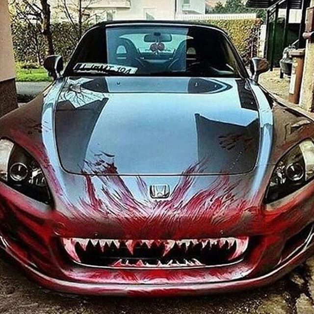 'Insert ferocious cat emoji' #HappyHalloween  #Repost from @10_amazing_cars_ #amazingcars