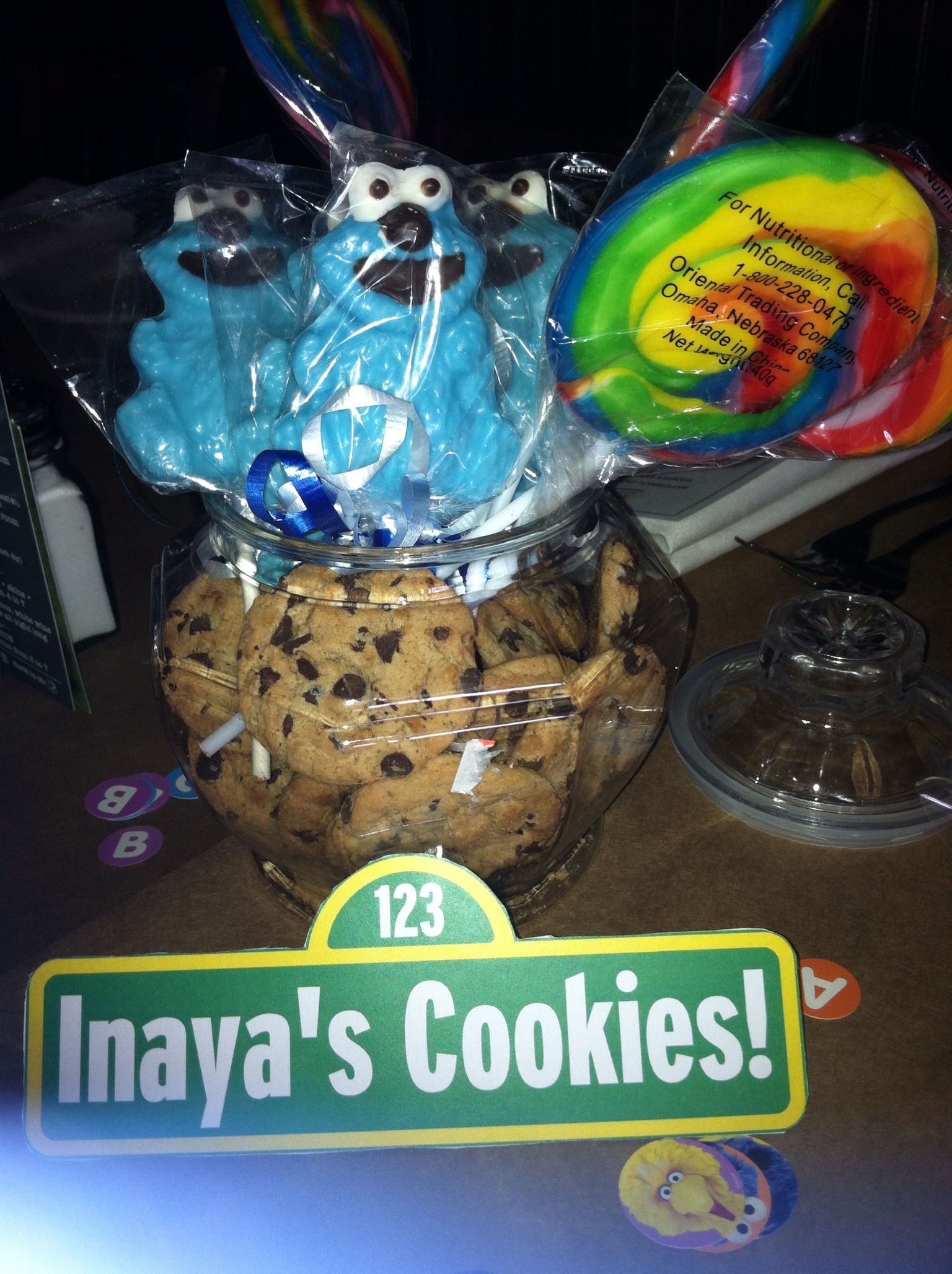 Cookie Jar Centerpieces And Cookie Monster Chocolate