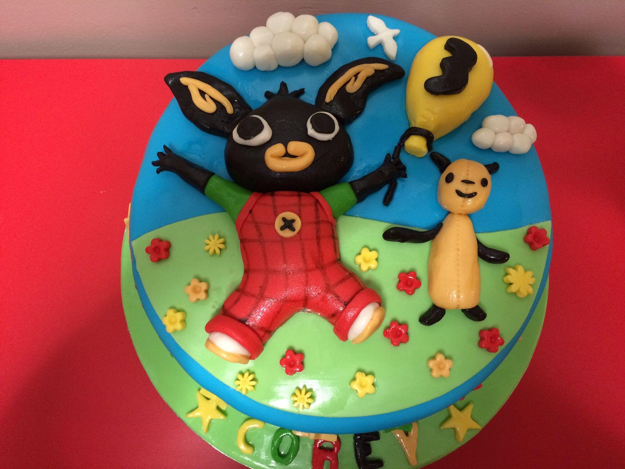 Bing bunny cake Shazscakesofchepstowweeblycom Baking Pinterest