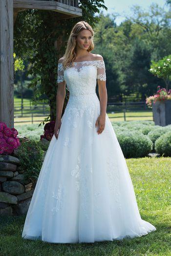 Sincerity Bridal - Style 3989: Schulterfreies Duchesse-Kleid mit ...