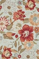 The hand-hooked Summerton collection has fresh transitional floral and paisley designs colored in a saturated palette that will resonate with traditional and transitional settings. Clear, clean hues and smartly drawn updated patterns in Summerton result in a finished product that can be widely placed in homes today.
