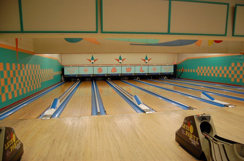 Bowling Alley Icons In 2020 Bowling Center Bowling Alley Bowling