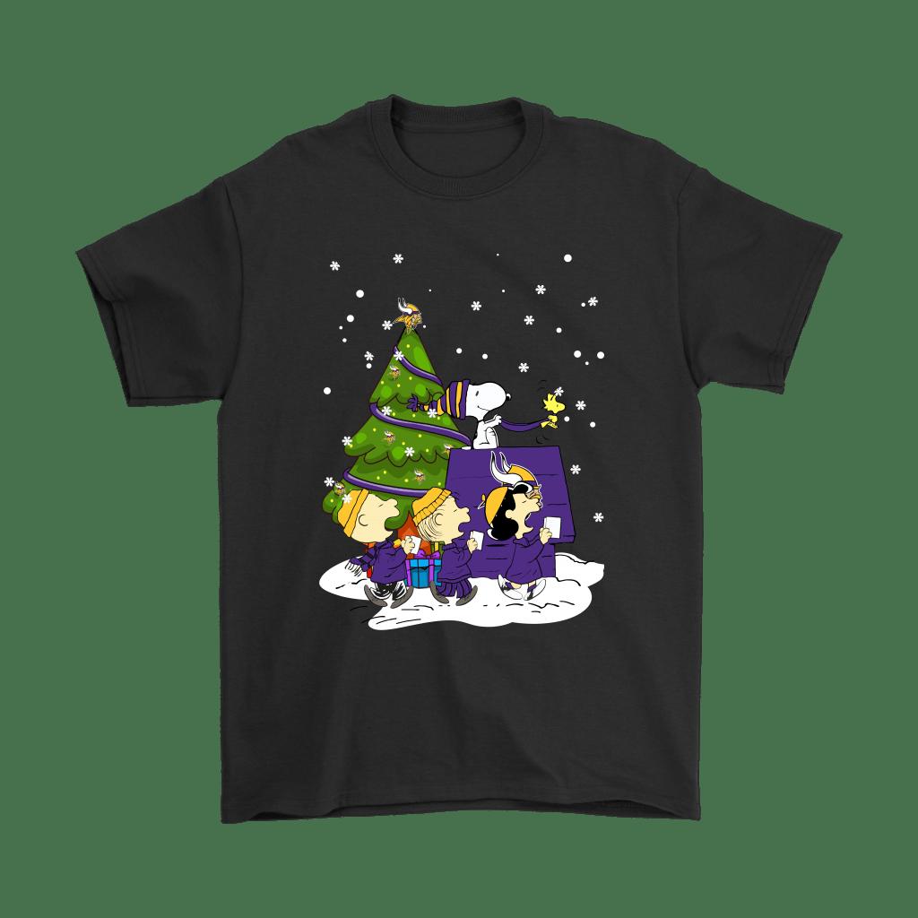 Minnesota Vikings Are Coming To Town Snoopy Christmas Shirts - TeexTee Store   The Minnesota Viking