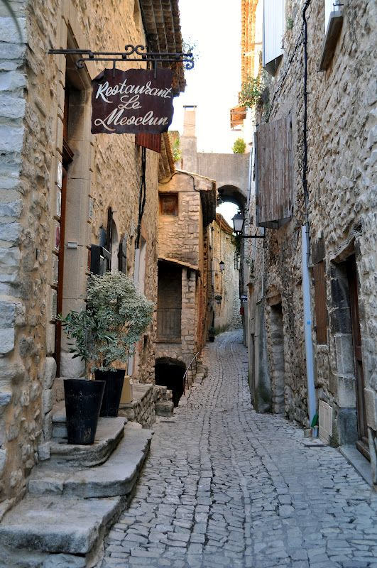 Plus Beaux Villages De Provence : beaux, villages, provence, House, Provence:, Beaux, Villages, France, Frankrijk,, Provence,, Reizen
