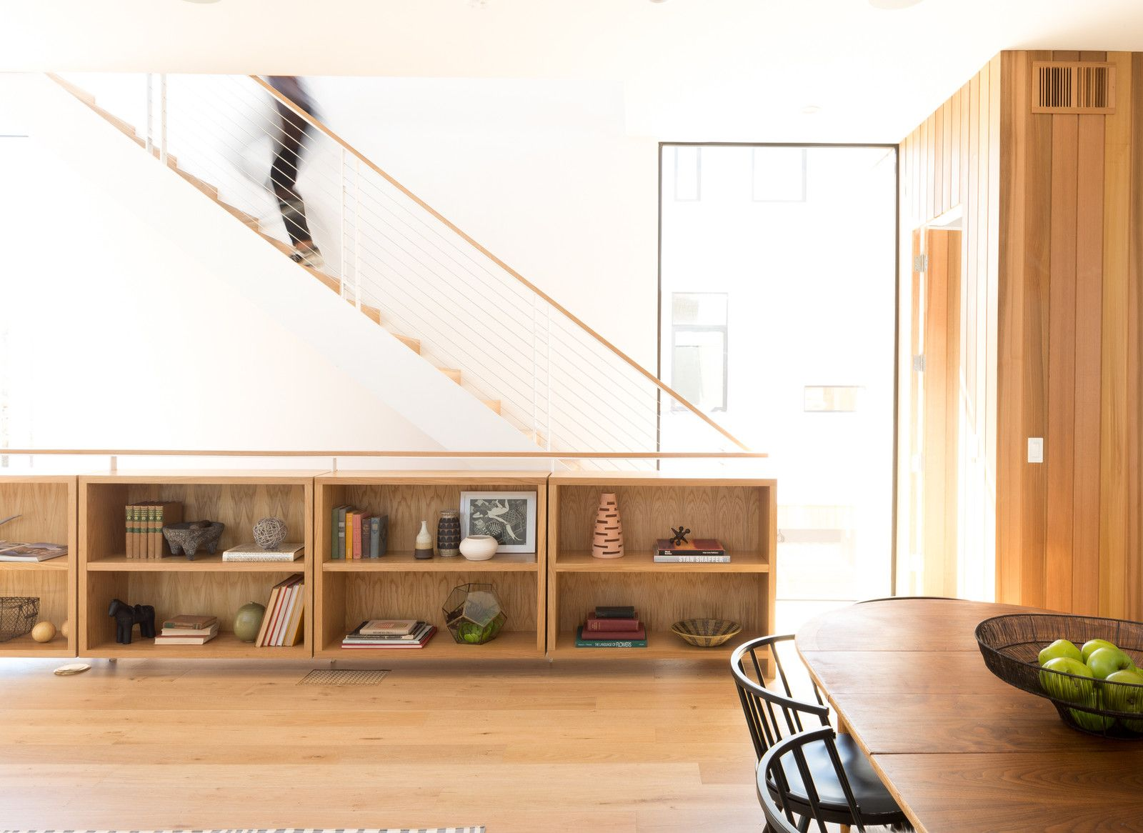 A Small Development In Los Feliz Offers Scandinavian Inspired Urban Living Modern House White Oak Plank Floors Mid Century Modern House
