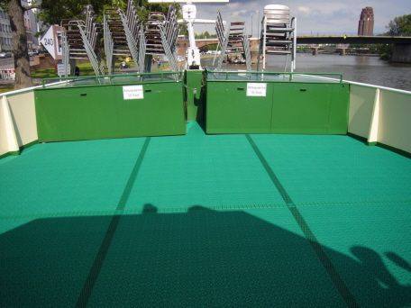 Achterdeck des Flussschiffes mit Bergo Decksbelag MARINE
