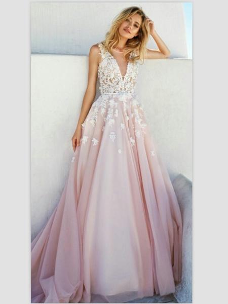 2017 A Line V Neck Appliques Prom Dresses Blush Pink Chapel Train