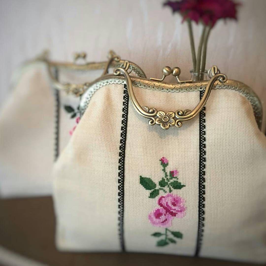 10marifet On Instagram 3d Wonderland Nefis Kanavice Islemeli Cantalar Yapmis Zarafet Damliyor Adeta 10marifet Kanav Quilted Bag How To Make Purses Bags