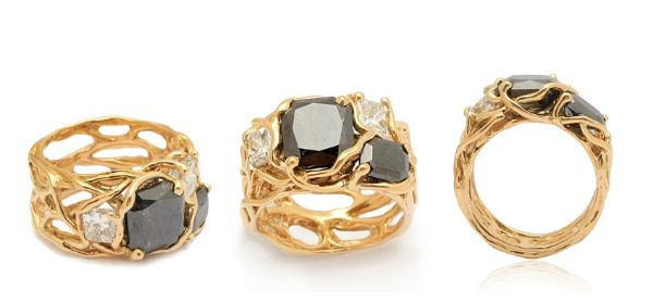 Top jewellery designer to show in Singapore