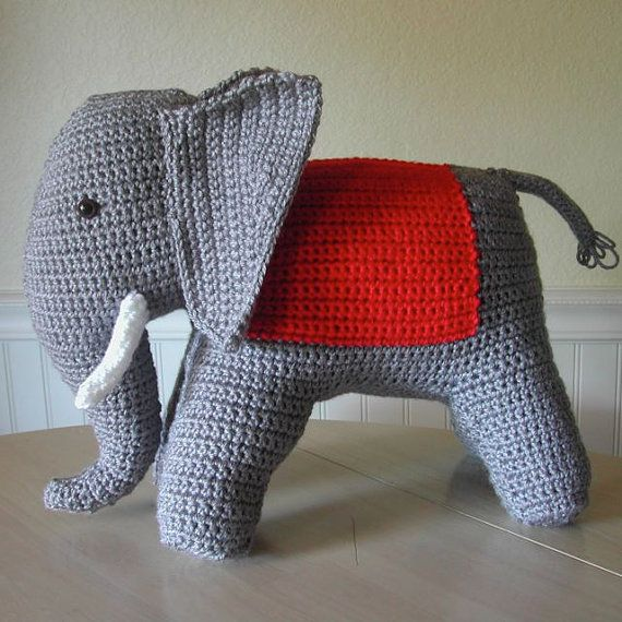 vintage elephant crochet pattern   WOOLCRAFTS - Animals   Pinterest ...