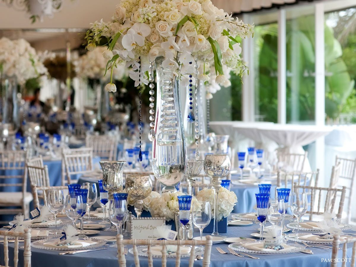 Wedding decor blue and white  round table setting  wedding inspo  Pinterest  Wedding Cobalt