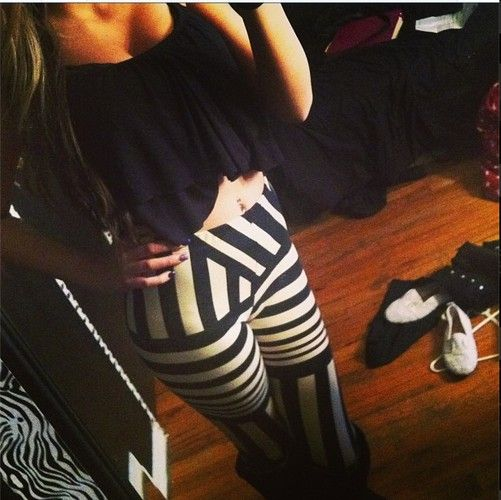 Love her outfit<3