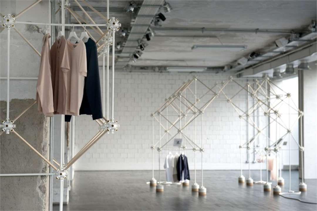 Atomic Scaffolding PopsUp For COS Concept Store By Bonsoir Paris