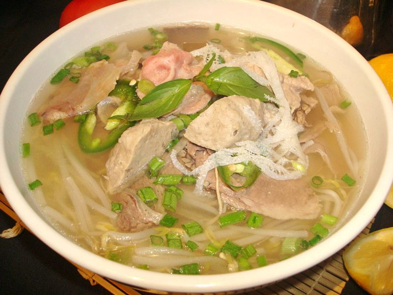Pho With Slices Of Eye Round Steak Well Done Flank Brisket Soft Tendon Bible Tripe Beef Ball With Rice Noodles Bizarre Foods Weird Food Food