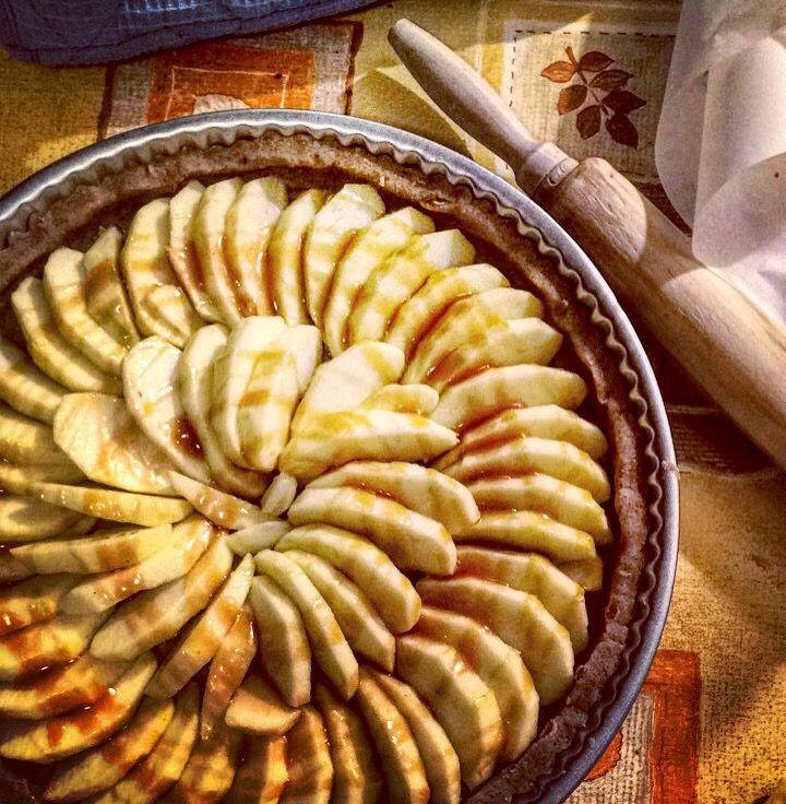 Tartes Aux Pommes Pate A La Farine De Chataigne Caramel Au Beurre