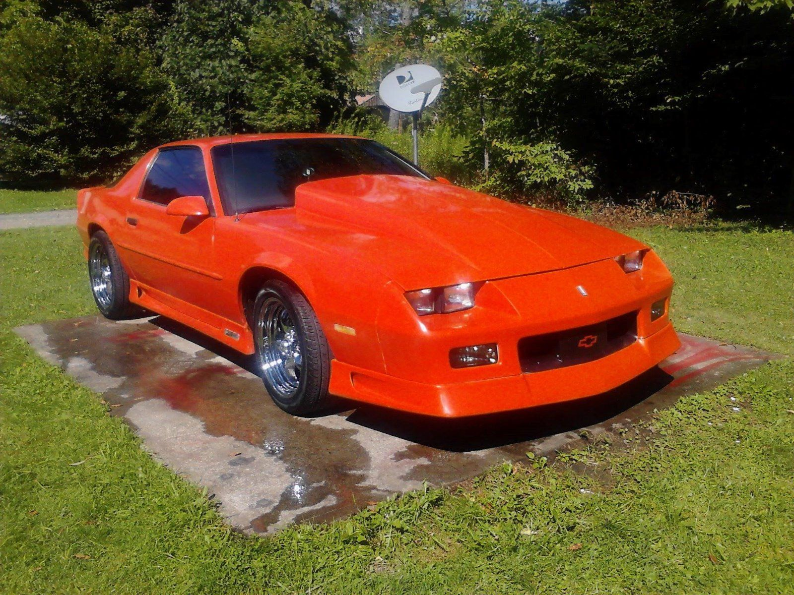 1992 chevrolet camaro rs hugger orange 25th anniversary. Black Bedroom Furniture Sets. Home Design Ideas