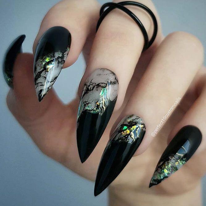 30+ Chic Ideas for Black Stiletto Nails | NailDesi