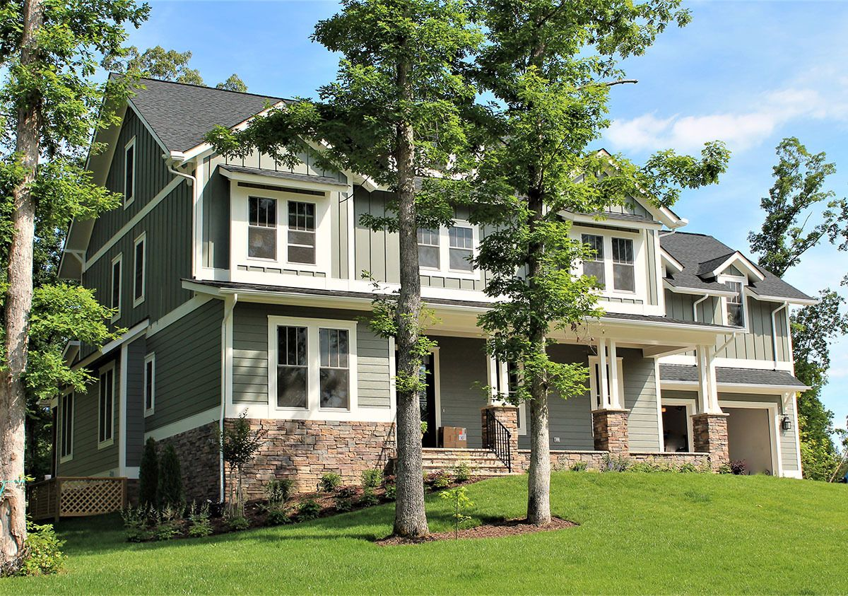 5 bed craftsman with board and batten siding and 2 porches 500011vv 08