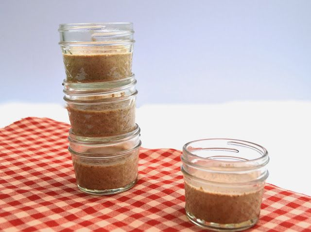 Gingerbread Chia Pudding- Easy paleo treat bursting with holiday flavor!