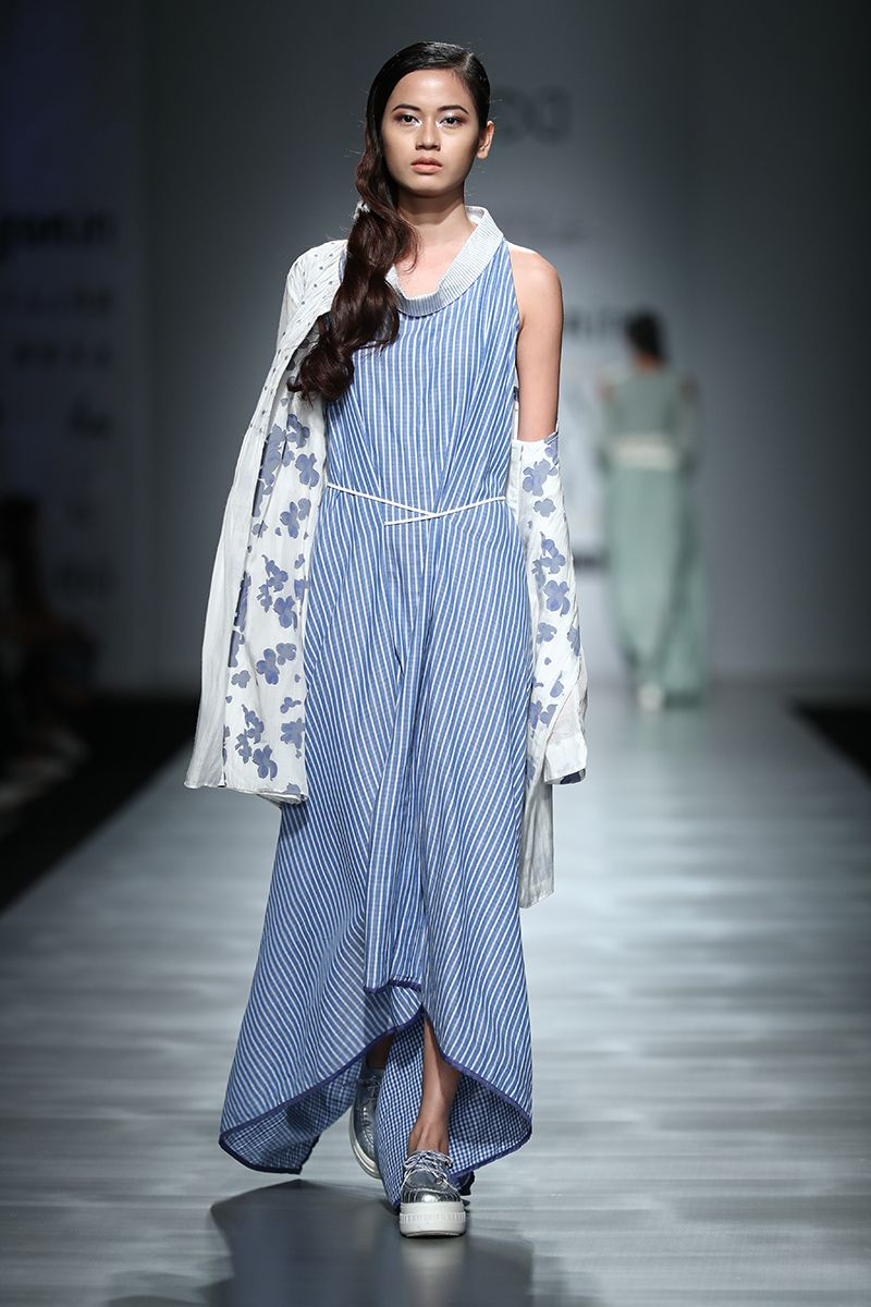 Graceful and Splendid fashion shows collection pictures foto