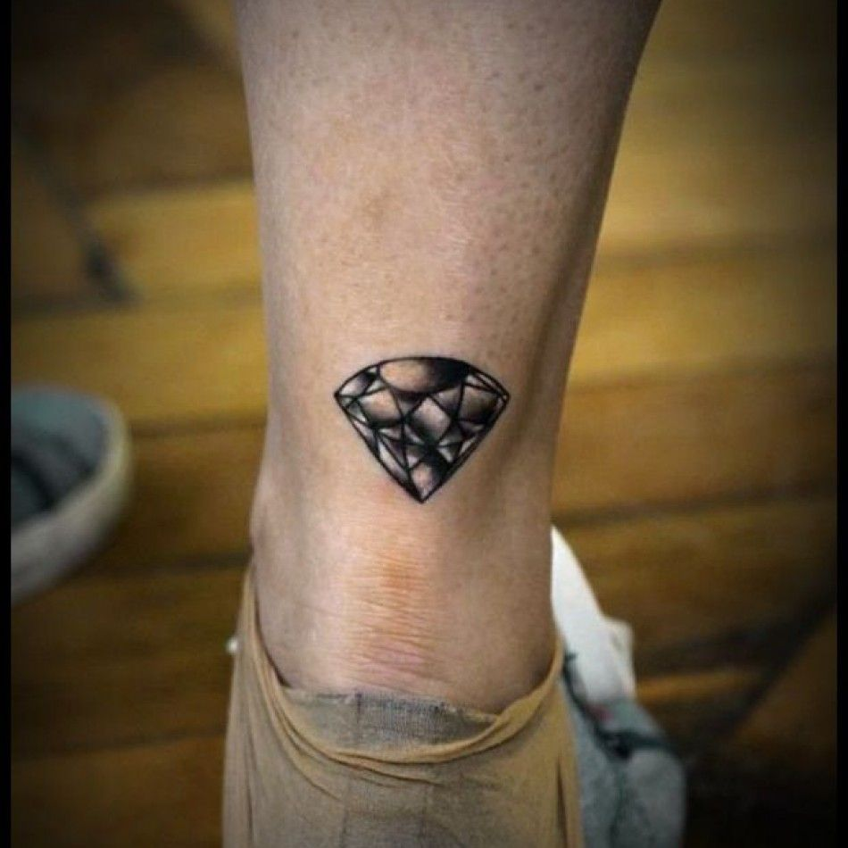 Tatouage Diamant Dessous Mollet Femme Tc5r652 Tattoo Moi Tattoo