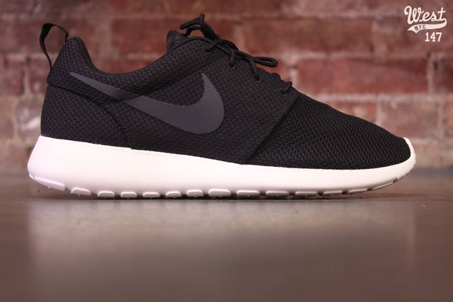 Nike Roshe 2 Flyknit | Sole Collector