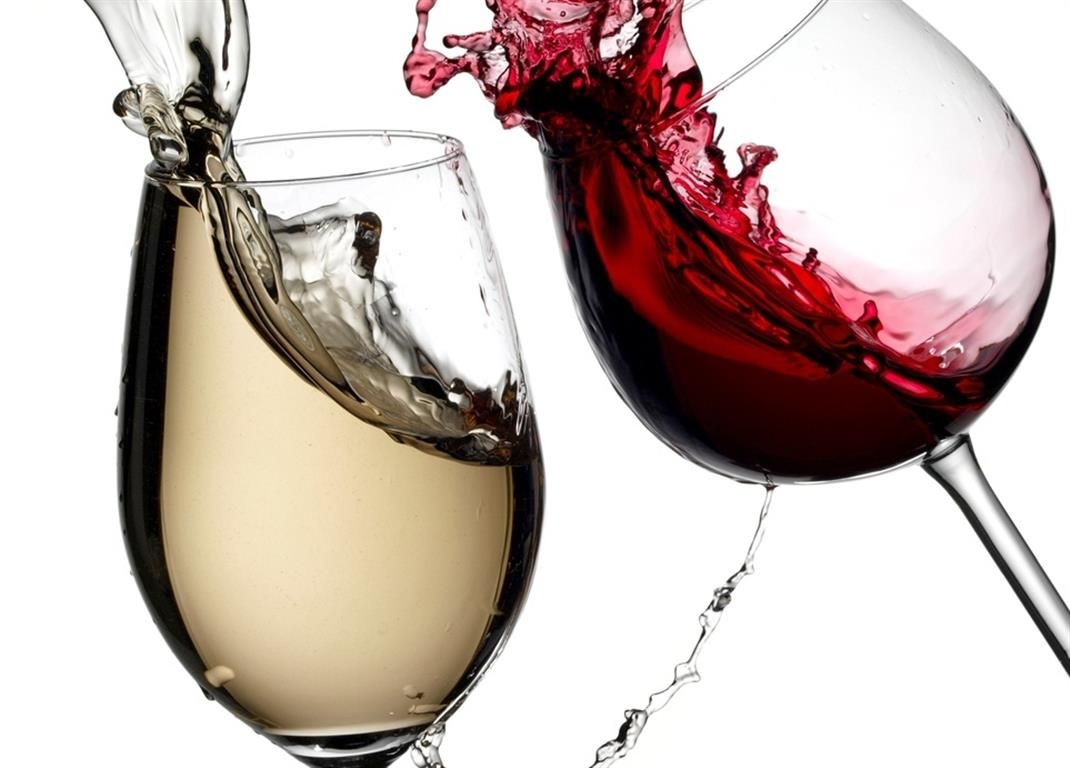 Wallpapers For > Wine Glass Cheers Wallpaper