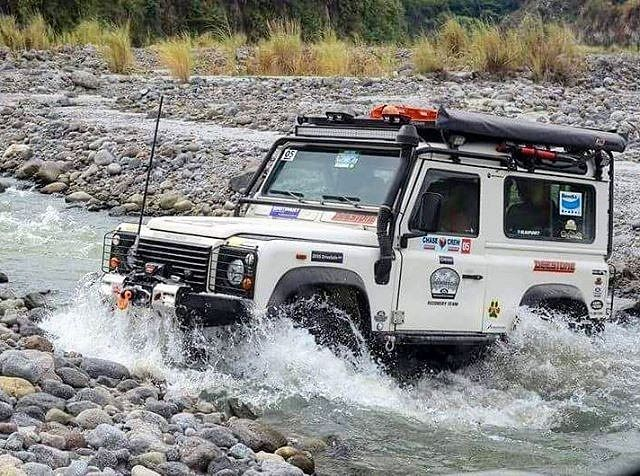 Pin by Glenn Russell on Land Rovers... then the rest