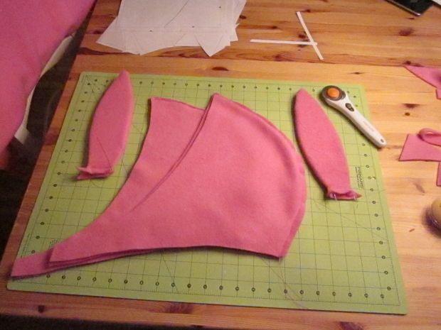 70ba83562d9 Louise Belcher hat pattern. Louise Belcher hat pattern Louise Bob s Burgers  ...