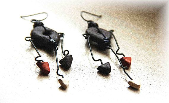 Fantastic danglers from Jana  black stoneware ceramic rustic dangle earrings by HappyFishShop, €22.00