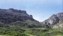 Gruta do Centenário, Pico do Inficionado (Serra do Caraça), MG A maior e mais profunda caverna quartzítica do mundo Georgete Macedo Dutra, Ezio Luiz Rubbioli & Lília Senna Horta - pg 431