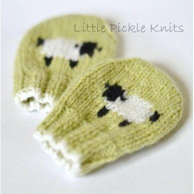 Baby Mittens 'Little Baa Baa' Knitting pattern by Little Pickle Knits | Knitting Patterns | LoveKnitting