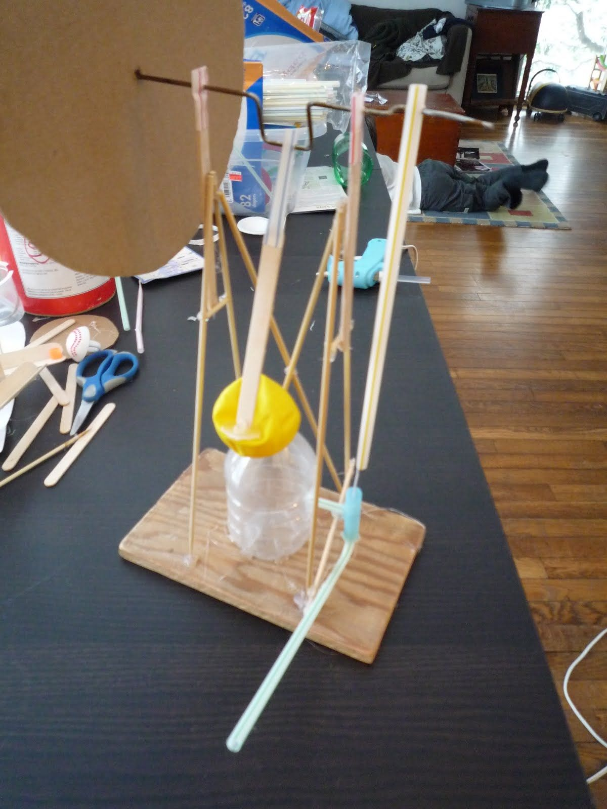 How to make a model steam engine. Balloon powered. Cool science ...