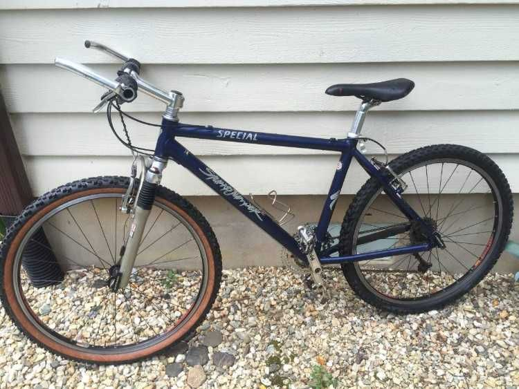 Old School 2c And Super Cool 2c Specialized Stumpjumper Mountain Bike For Sale 21 0d 0a 0d 0ai 27m No Vintage Mountain Bike Stumpjumper Specialized Stumpjumper