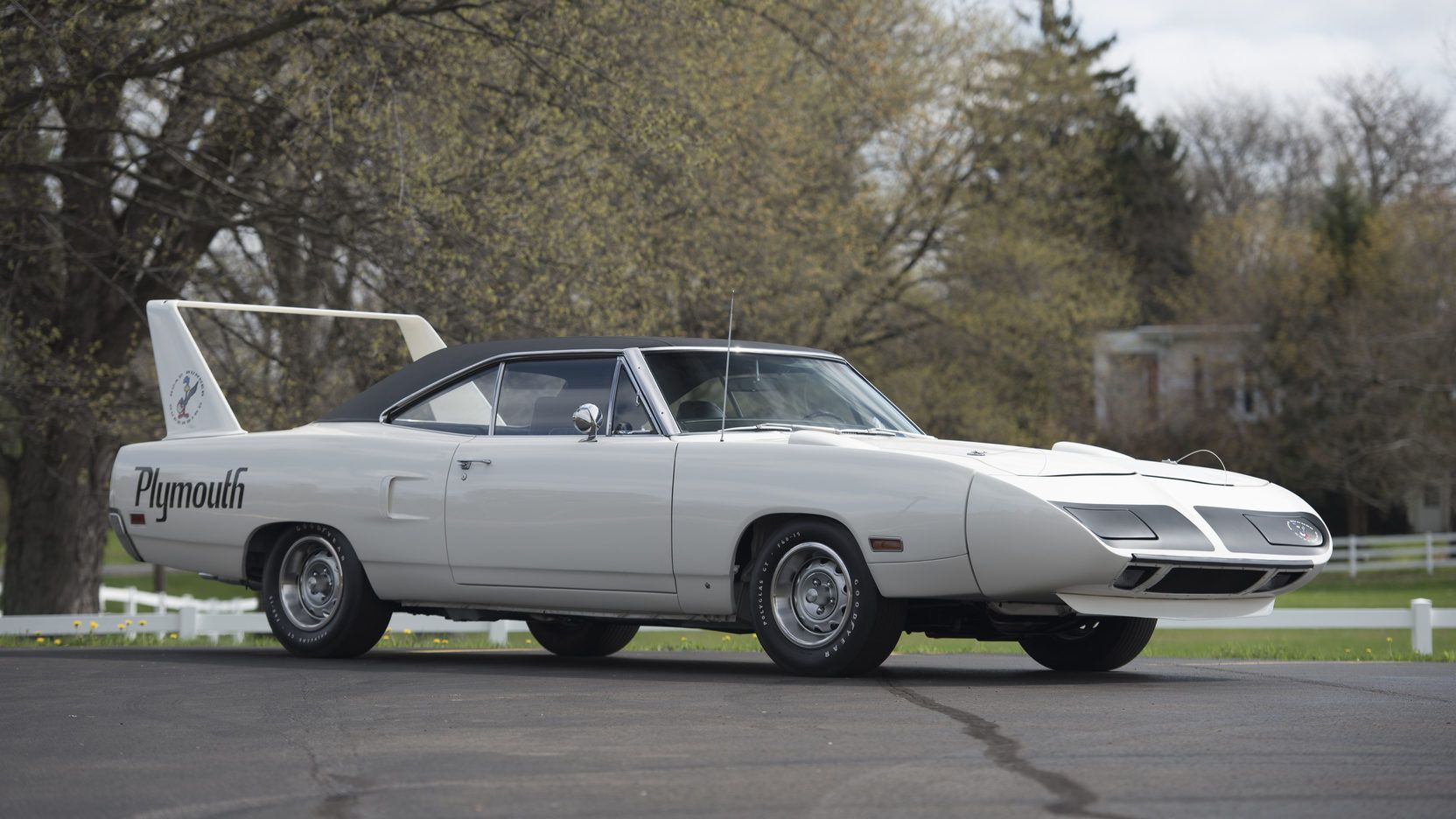 1970 Plymouth Hemi Superbird presented as Lot S92 at